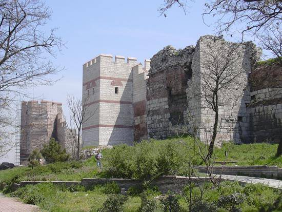 The Walls of Constantinople  the wallsh