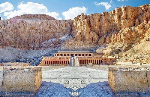 2002 افتتاح معبد حتشبسوت فى الاقصر