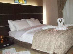 Photos Elegant Hotel Suites