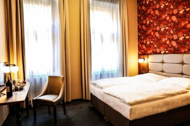 Best offers for VICTORIA Prague