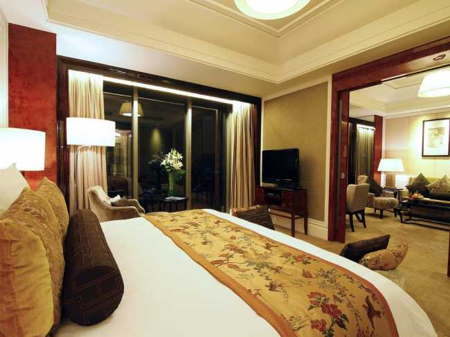 Best offers for WYNDHAM GRAND PLAZA ROYALE ORIENTAL(EXE) Shanghai