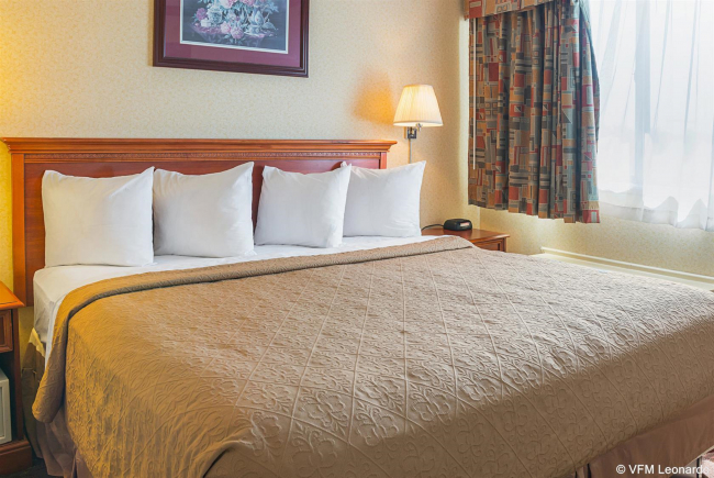 Best offers for QUALITY INN AND SUITES Detroit