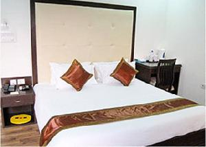 Best offers for Veera Palace New Delhi